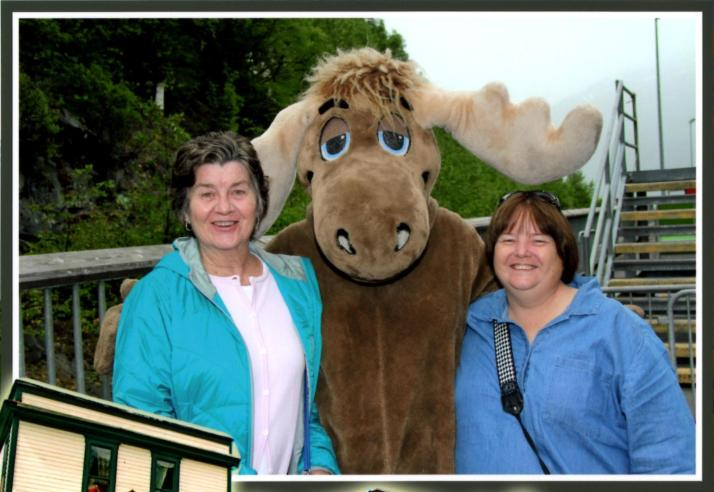 Pat and Kim with Moose in Skagway_2
