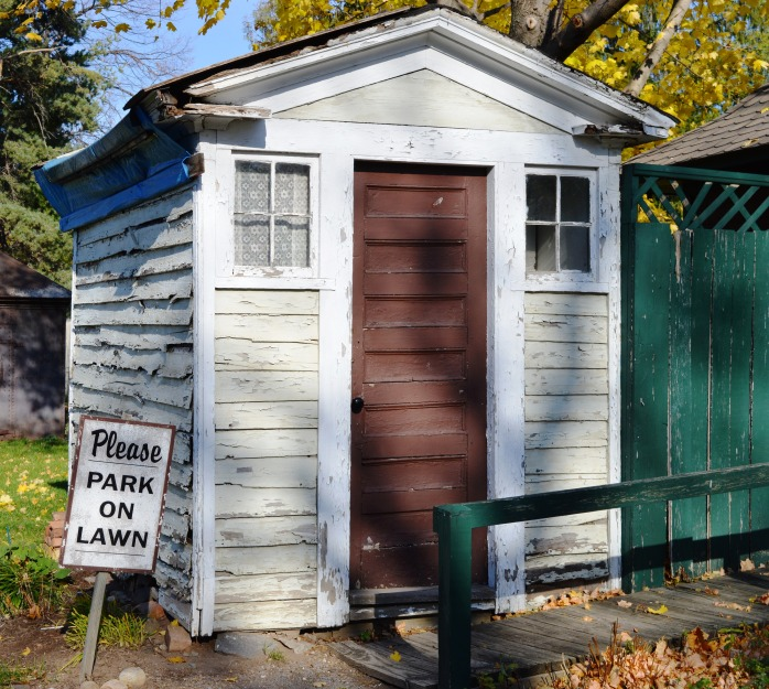 111516_o-is-for-outhouse
