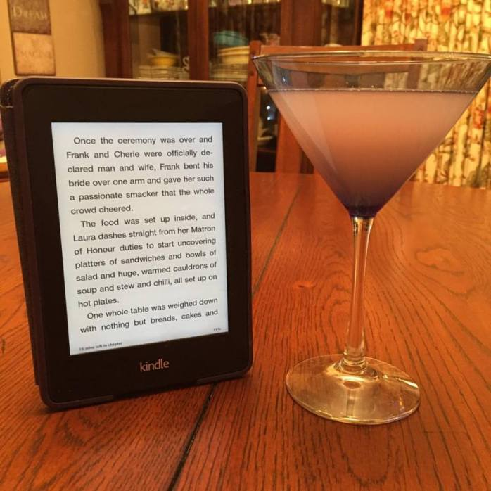 123116_new-years-eve-2016-a-cosmo-and-a-kindle
