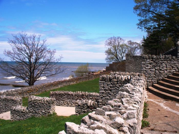 rock-wall-at-olcott