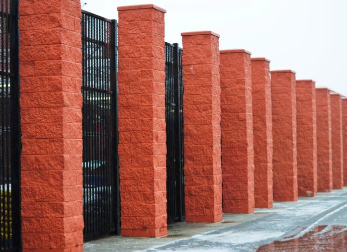 021217_brick-columns_pattern